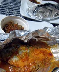 節約レシピ 鮭ともやしのホイル焼き